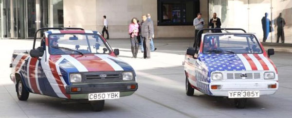 Reliant Rialtos driven by Matt LeBlanc and Chris Evans