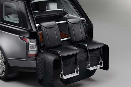 Rang Rover offers an option for event seating in your boot