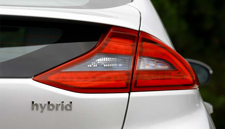 Hybrid car tail light